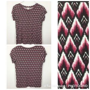 H&M Diamond Aztec short sleeve top large